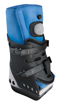 Interim orthosis for conservative follow-up treatment following Chopart and Lisfranc amputations